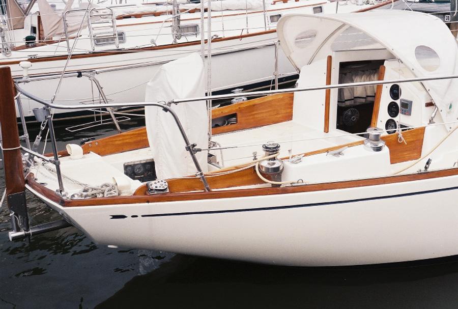 S V Kestrel The Boat